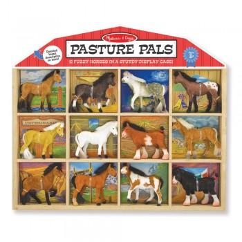 Figurki koni rasowych –...